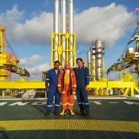 4 - Oil Platform